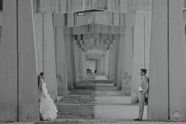 Bride and groom having post wedding shoot in Mexico