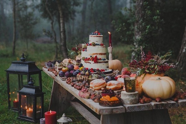 Rustic autumn wedding dessert table