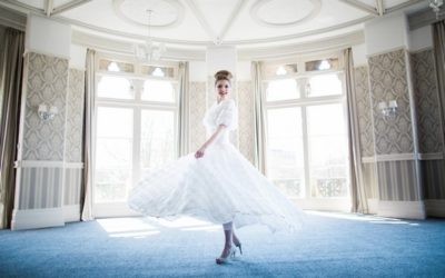1950s Glamour Inspired Wedding Styling at The Duke