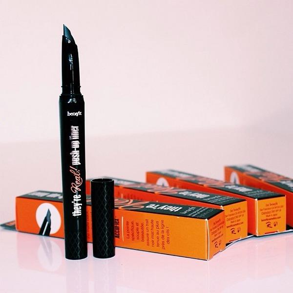Push-Up Liner Gel Eyeliner Pen by Benefit