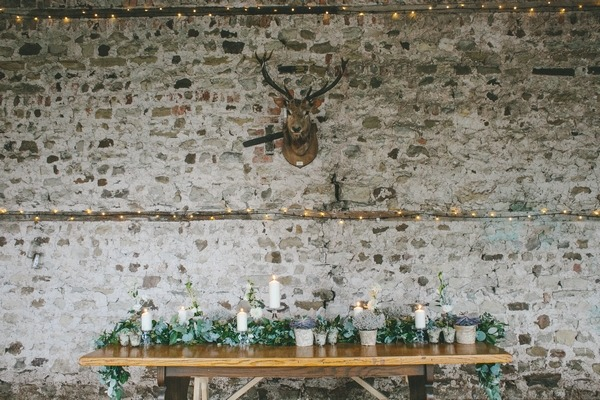 Nordic winter wedding table