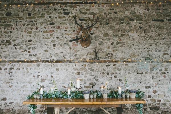 Nordic winter wedding table