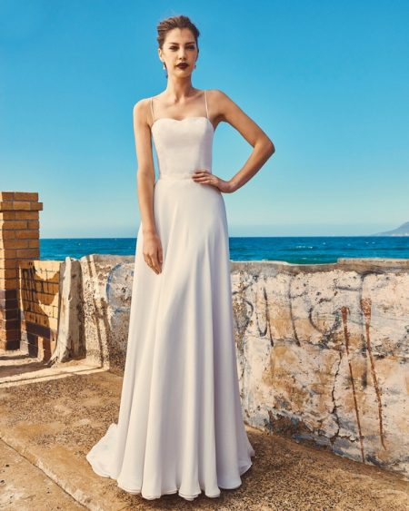 B2017 Linda Bodice and SK7617 Shelby Skirt - Elbeth Gillis Milk and Honey 2017 Bridal Collection