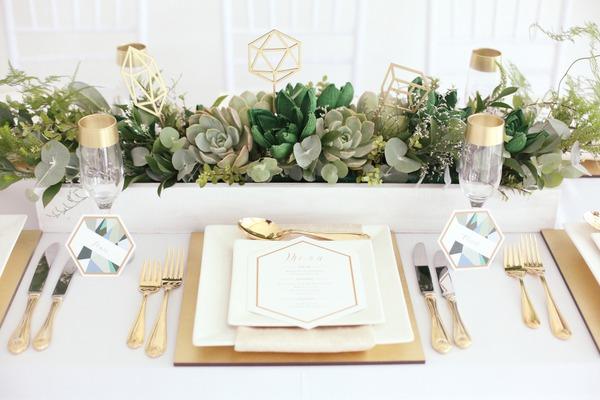 Gold wedding place setting