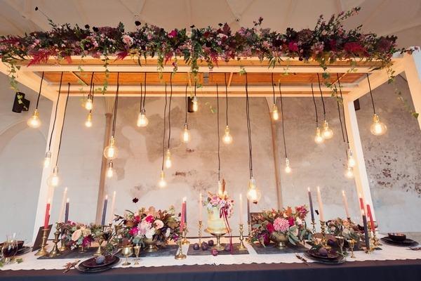 Edison lighting over wedding table