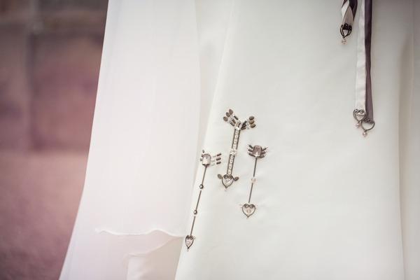 Arrow detail on wedding dress