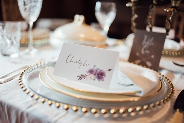 Place name card with flowers