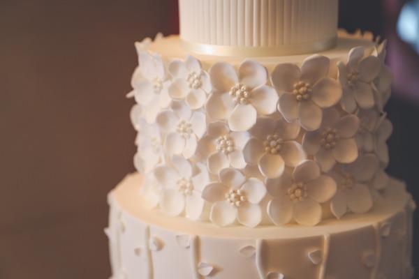 Petal detail on wedding cake