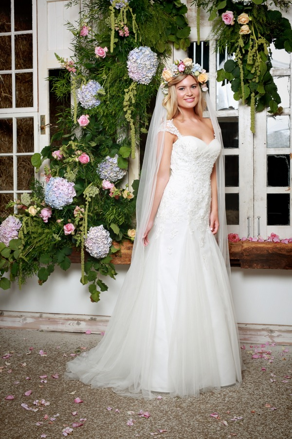 Ariella Wedding Dress with Long Veil