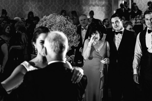 Woman crying as she watched husband dance with their daughter at wedding - Picture by Andy Griffiths Photography