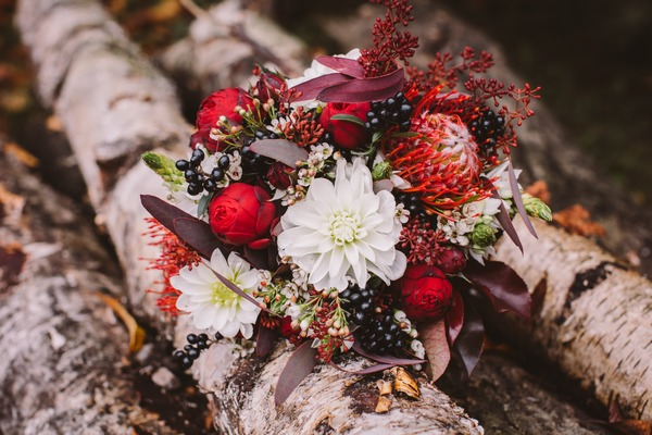Detail of autumnal bridal bouquet
