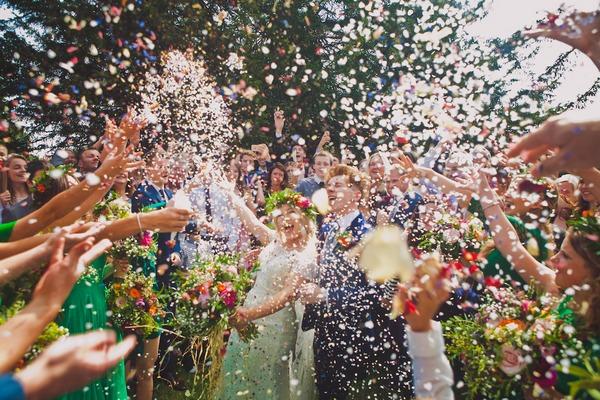 Dramatic wedding confetti shot