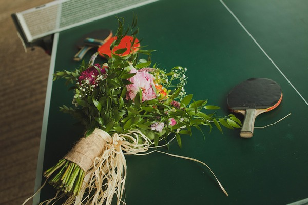 Bouquet and table tennis bat