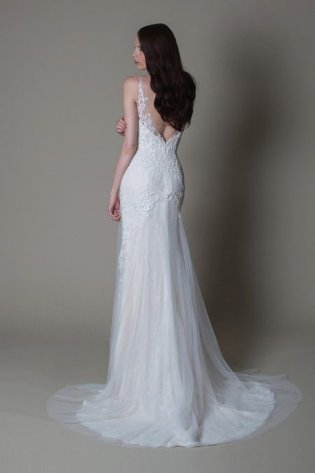 Back of Ava wedding dress from the MiaMia True Romance 2017 Bridal Collection
