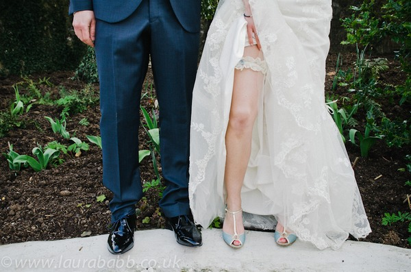 Do You Have to Wear a Wedding Garter?