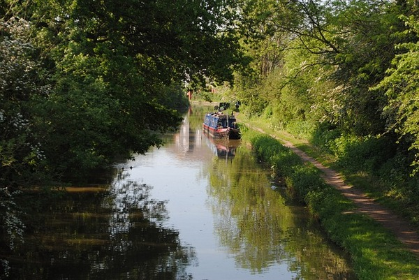 Canal Barge hen/stag weekend accommodation option