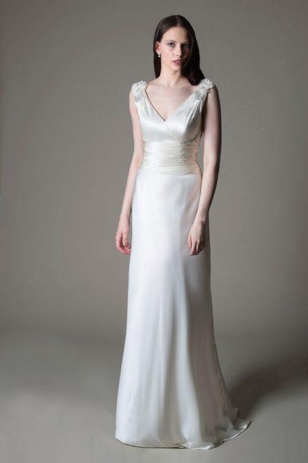 Farah wedding dress from the MiaMia True Romance 2017 Bridal Collection