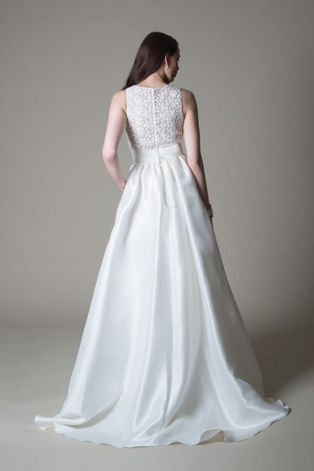 Back of Mischa wedding dress from the MiaMia True Romance 2017 Bridal Collection