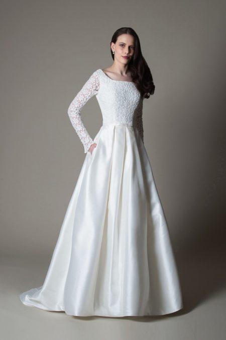 Viola wedding dress from the MiaMia True Romance 2017 Bridal Collection
