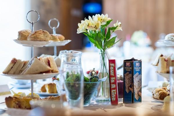 Afternoon tea on wedding table