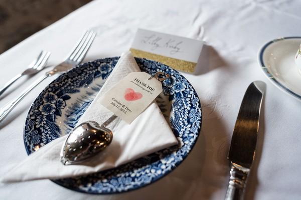 Tea infuser wedding favour