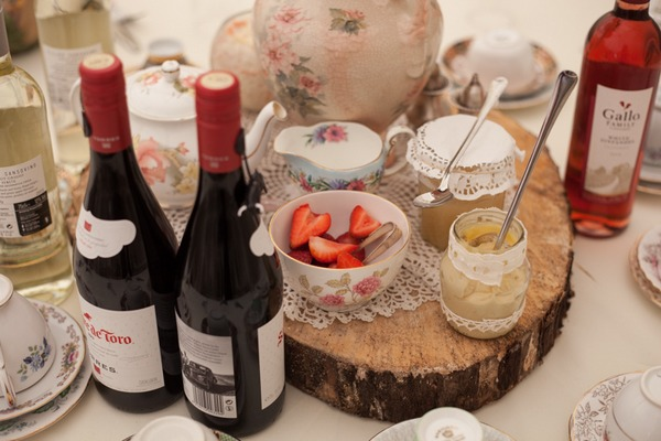 Wine and strawberries on wedding table