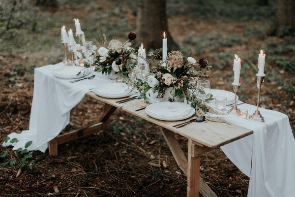Simple, natural wedding table styling