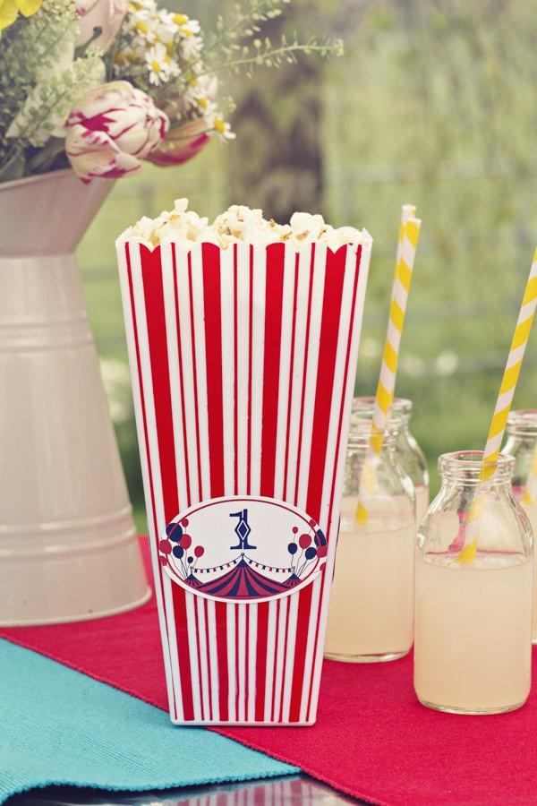 Popcorn in Carnival Carton