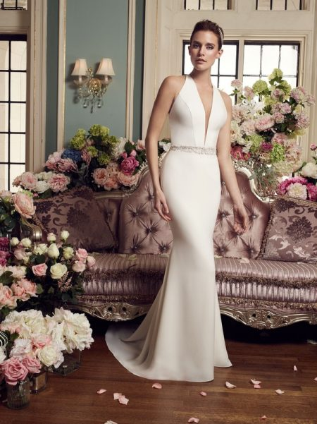 2150 wedding dress from the Mikaella Autumn/Winter 2017 Bridal Collection
