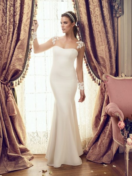 2151 wedding dress from the Mikaella Autumn/Winter 2017 Bridal Collection