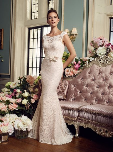 2157 wedding dress from the Mikaella Autumn/Winter 2017 Bridal Collection