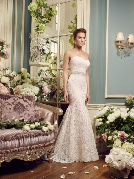 2165 wedding dress from the Mikaella Autumn/Winter 2017 Bridal Collection