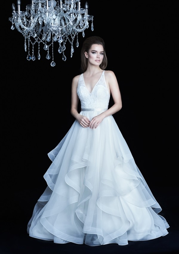 4750 wedding dress from the Paloma Blanca Autumn/Winter 2017 Bridal Collection