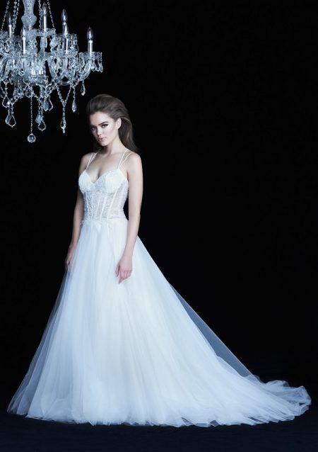 4771 wedding dress from the Paloma Blanca Autumn/Winter 2017 Bridal Collection