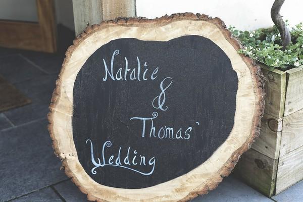 Log slice wedding sign
