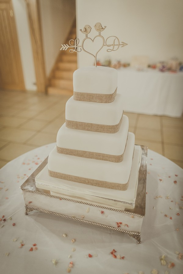 Wedding cake with hessian detail