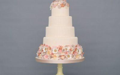 5 Wedding Cake Mistakes to Avoid