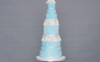 The Three Elements of a Fairytale Wedding Cake