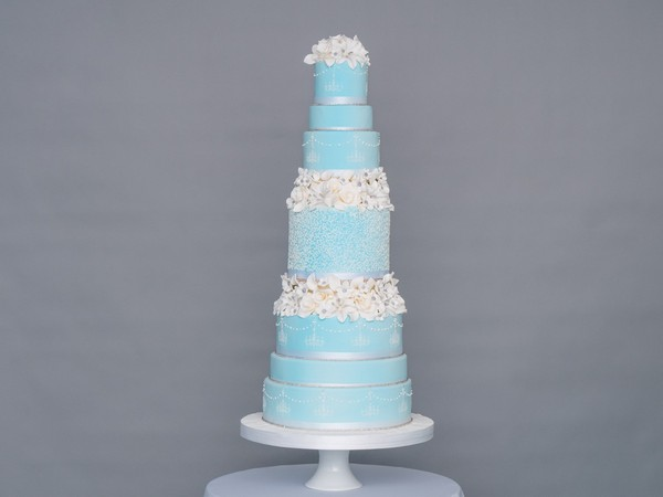 Frosted Sparkles Wedding Cake by GC Couture
