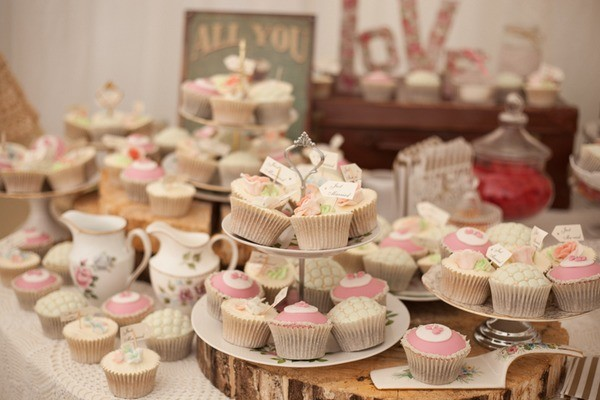 Wedding Colour Scheme Themed Cupcakes