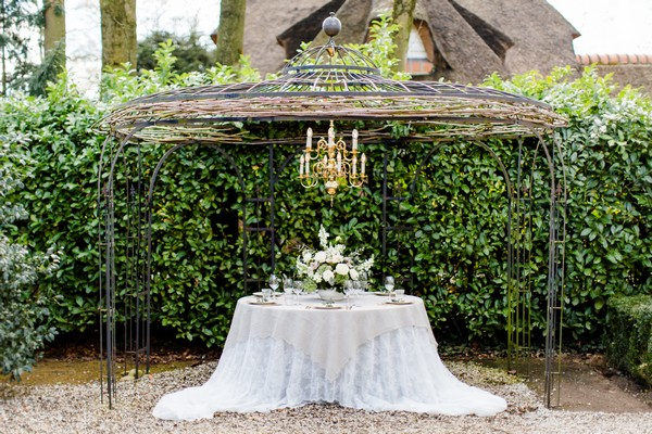 Wedding table in grounds of Park Hotel Hugo de Vries