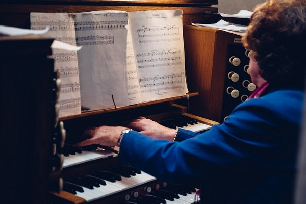 Church organ player