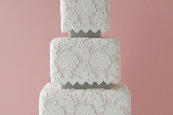 2011 Wedding Cake Trends