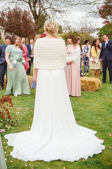 Bride's shrug