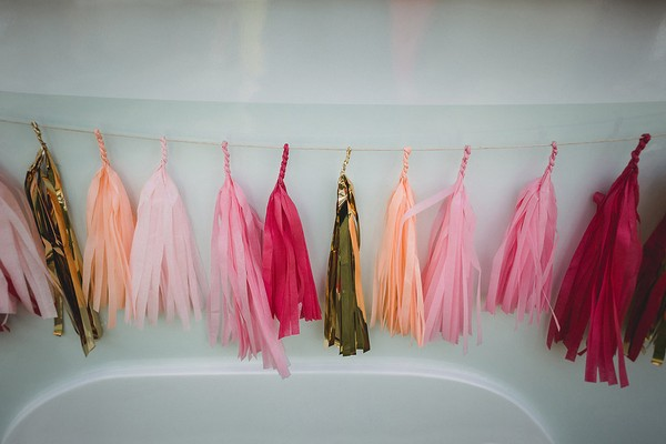 Coloured tassels