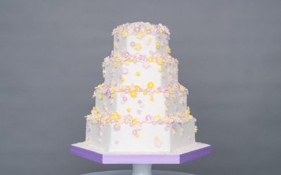 Updating Wedding Cake Traditions for a Modern Wedding
