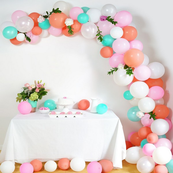 DIY Wedding Balloon Arch