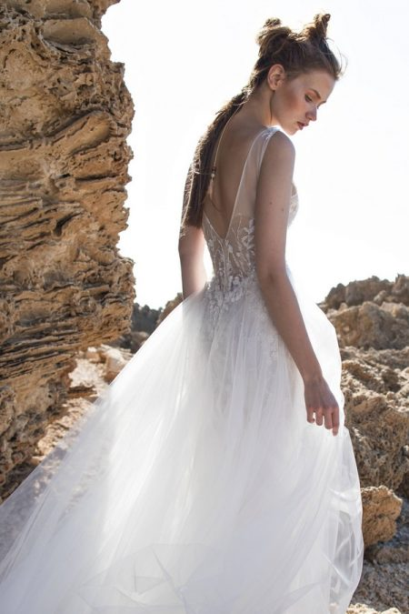 Back of Emilia Wedding Dress from Limor Rosen Free Spirit 2018 Collection