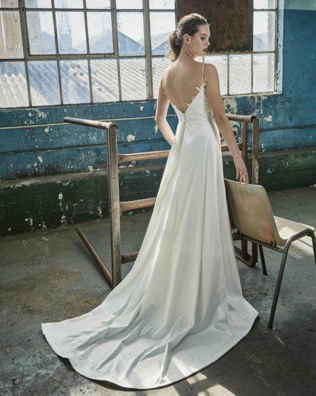 Back of Karla wedding dress from the Elbeth Gillis Mystique 2018 collection
