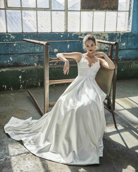 Karla wedding dress from the Elbeth Gillis Mystique 2018 collection